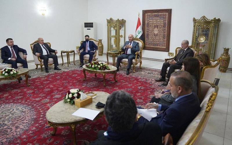 """صالح يدعو الى حلول """"جذرية"""" للخلافات بين بغداد وأربيل"""